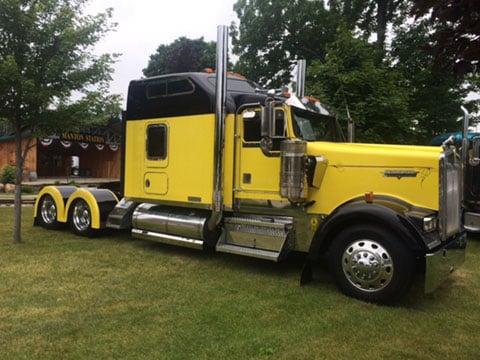 Trucks For Sale In Michigan >> Preferredtrucktrailer Com Preferred Truck Trailer Sales Llc